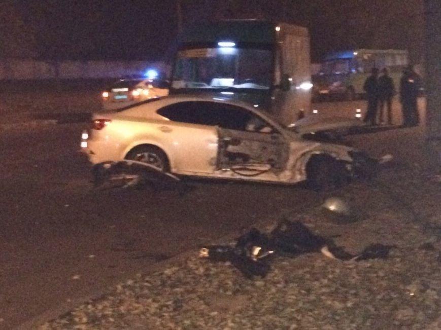 ДТП на Пушкинской: «маршрутка» превратила Lexus в груду металлолома (ФОТО), фото-2