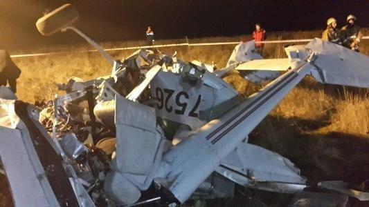 В Крыму разбился частный самолет: Погибли 4 человека, среди которых священник (ФОТО, ВИДЕО), фото-2