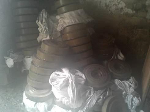 В Луганской области нашли тайник со 171 противотанковой миной (фото) - фото 1