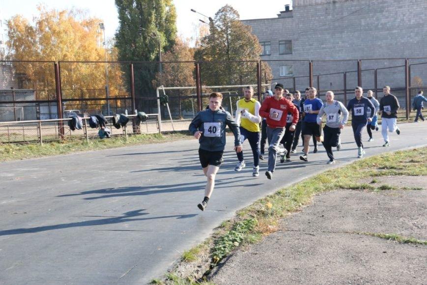 В Чернигове будущие полицейские демонстрировали физподготовку, фото-2