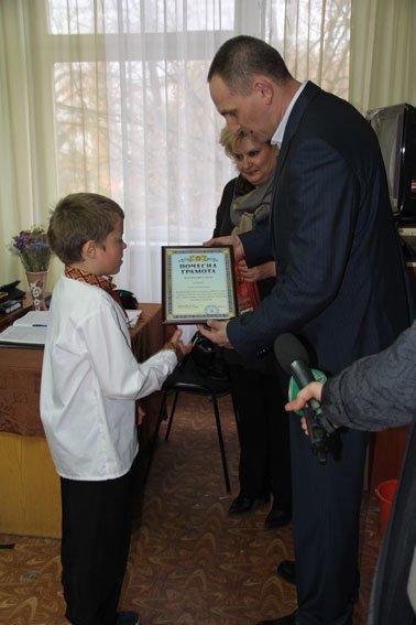 В Чернигове семикласник помог задержать грабителя (фото) - фото 1