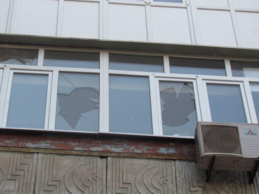 На Восточном завершаются работы по ремонту пострадавших от обстрела домов (ФОТО), фото-6
