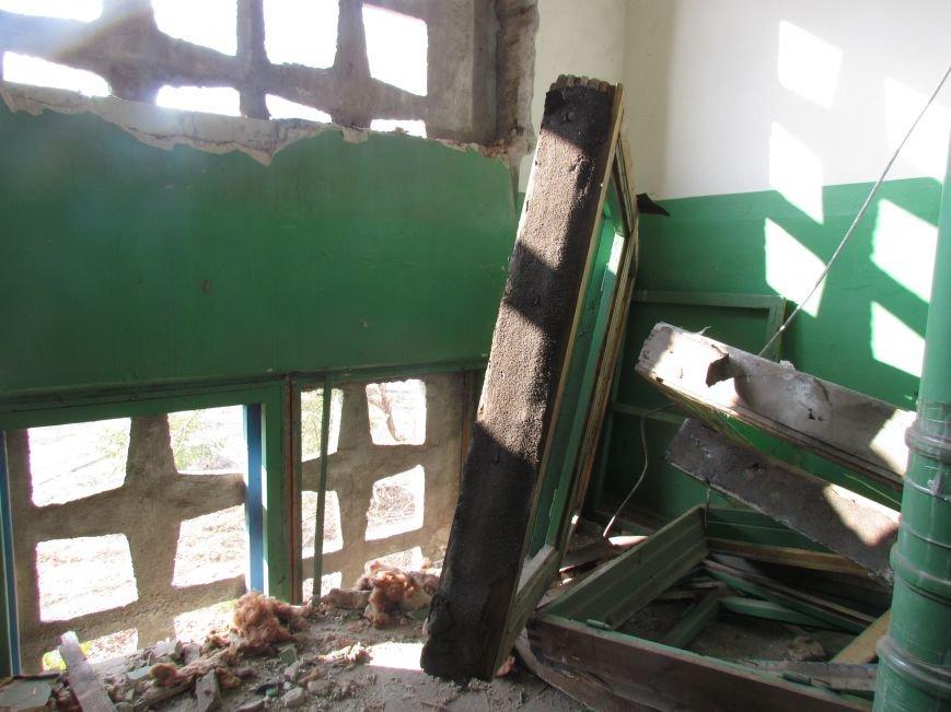 На Восточном завершаются работы по ремонту пострадавших от обстрела домов (ФОТО), фото-2
