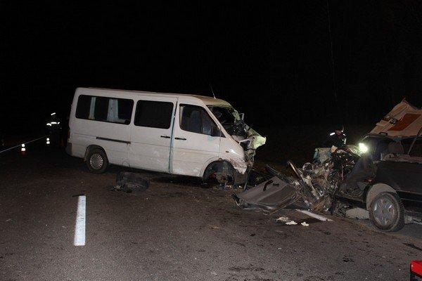 В Волковысском районе микроавтобус столкнулся с автомобилем: погибла женщина-водитель и двухлетний ребенок (Обновлено) (фото) - фото 2