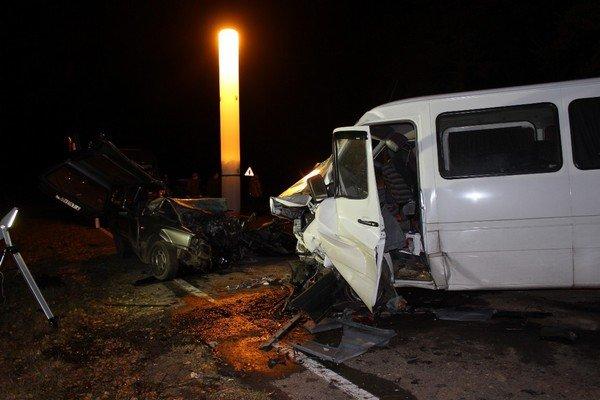 В Волковысском районе микроавтобус столкнулся с автомобилем: погибла женщина-водитель и двухлетний ребенок (Обновлено) (фото) - фото 3