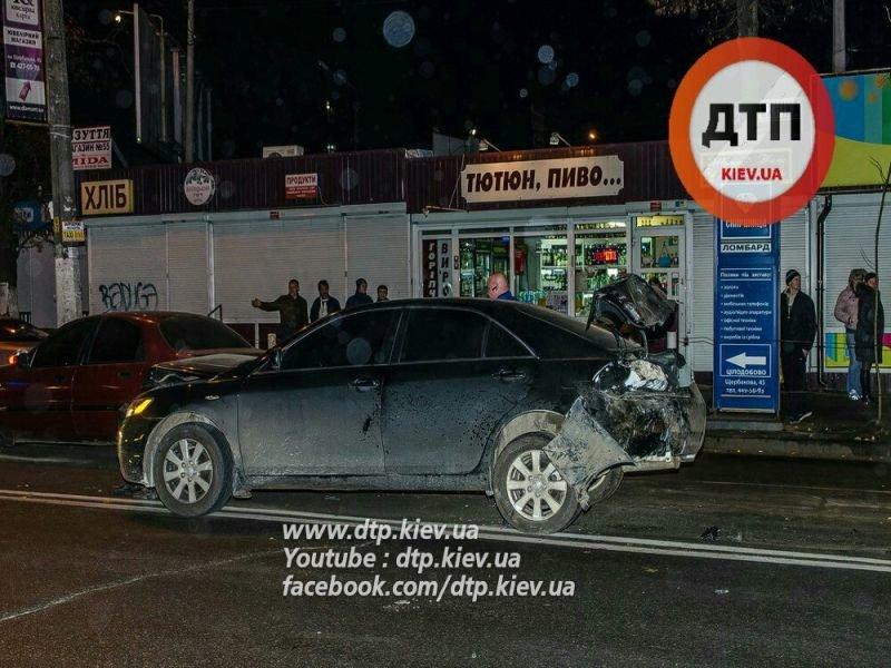 На Щербакова в столкновении 5 машин пострадал мужчина (ФОТО) (фото) - фото 1