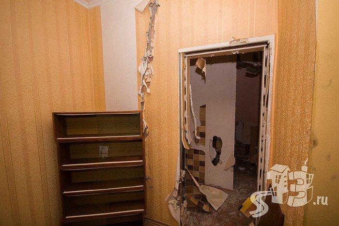 В Гродно открылась первая «расфигачанненая», где можно кувалдой и битой разгромить целую квартиру (фото) - фото 3