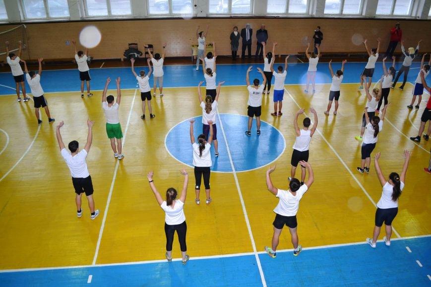 Житомирські студенти провели олімпійську зарядку в рамках всеукраїнської акції, фото-6