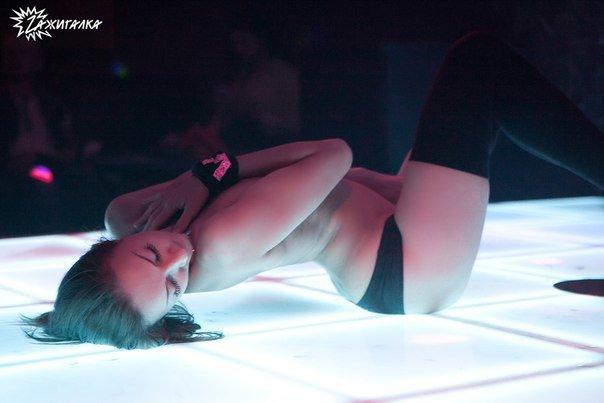 Состоятельные ульяновцы смогут погреться в «жарком» стриптиз-клубе (фото) - фото 1