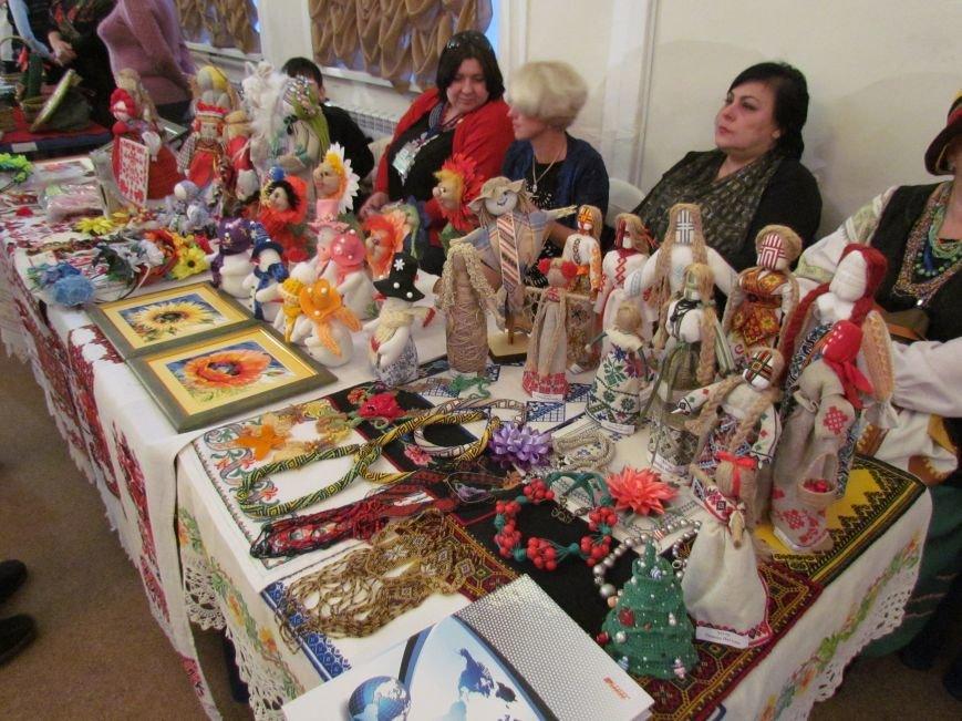 В  Мариуполе наградили около 80 лучших работников культуры (ФОТО), фото-1