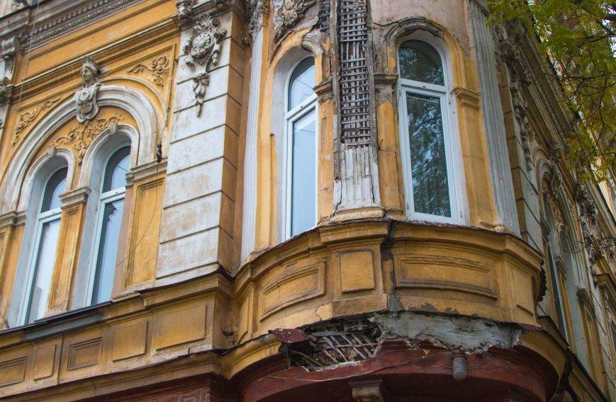 2b9ce3f9c1a13b74bca5f16dd69b5dc8 Обвал фасада памятника архитектуры в Одессе: новые подробности
