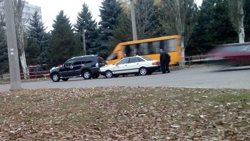 В Кировограде произошло ДТП с участием свадебного автомобиля, фото-2