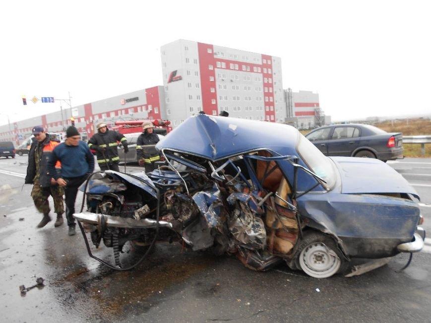 Под Киевом столкнулись ВАЗ и Hyndai, оба водителя погибли (ФОТО) (фото) - фото 3