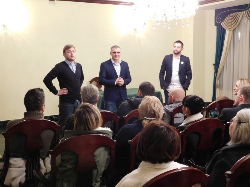 Николаевский волонтер Арахамия поддержит «добро» во 2 туре выборов мэра (ФОТО+ВИДЕО) (фото) - фото 3