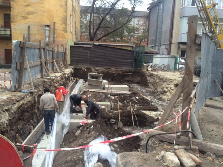 Тернополяни виступають проти забудови центра міста (фото) (фото) - фото 1