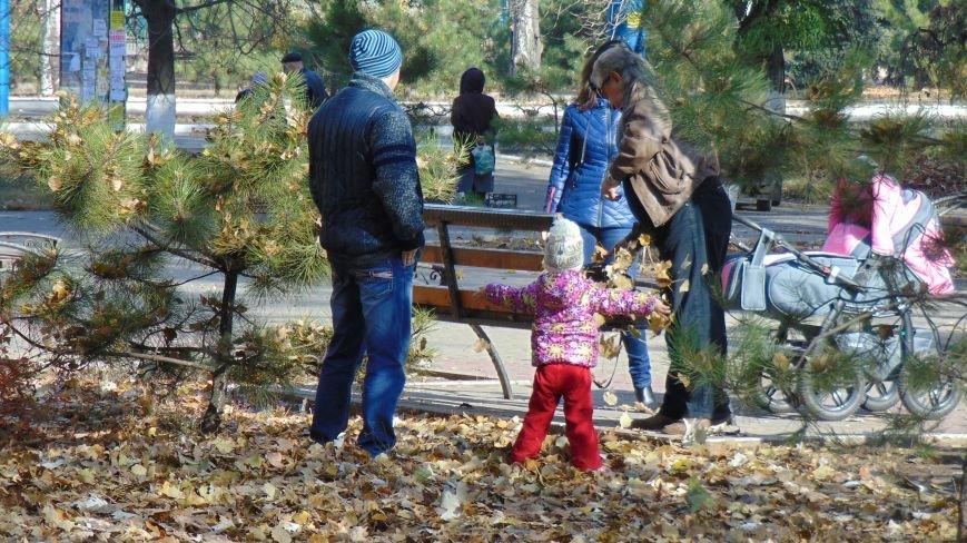 Мариупольцы вяло отреагировали на призыв помочь в уборке родного города (ФОТОФАКТ) (фото) - фото 1