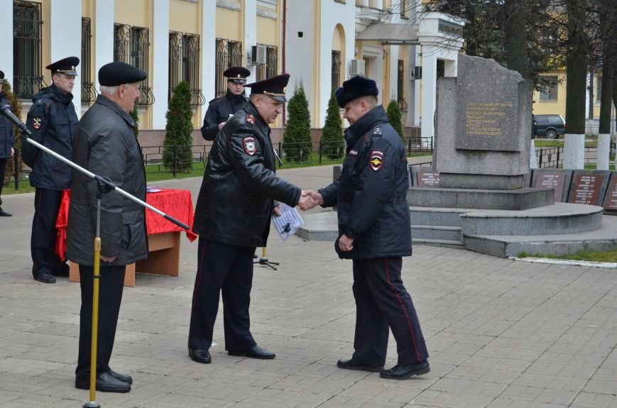 Полицейские Твери получили новые автомобили (фото) - фото 3