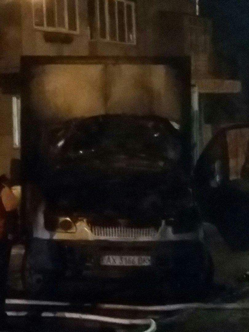 В Харькове горел грузовой автомобиль (ФОТО) (фото) - фото 1