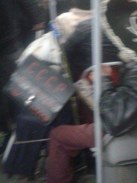 Пьяный коммунист в сомбреро развеселил пассажиров трамвая (ФОТО) (фото) - фото 1