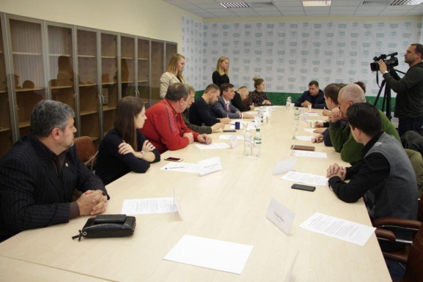 Борис Филатов и общественные организации Днепропетровска подписали меморандум о сотрудничестве (фото) - фото 1