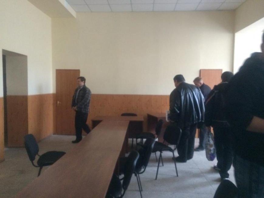В Мариуполе сегодня члены избиркомма встречали комиссию из ЦИК (ФОТО, Дополнено), фото-1