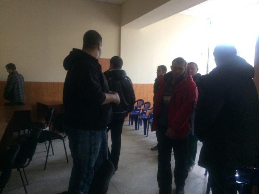 В Мариуполе сегодня члены избиркомма встречали комиссию из ЦИК (ФОТО, Дополнено), фото-4