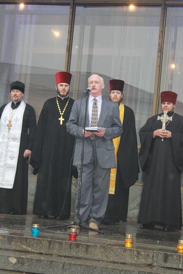 У Житомирі під дощем молились за дітей-сиріт, фото-7