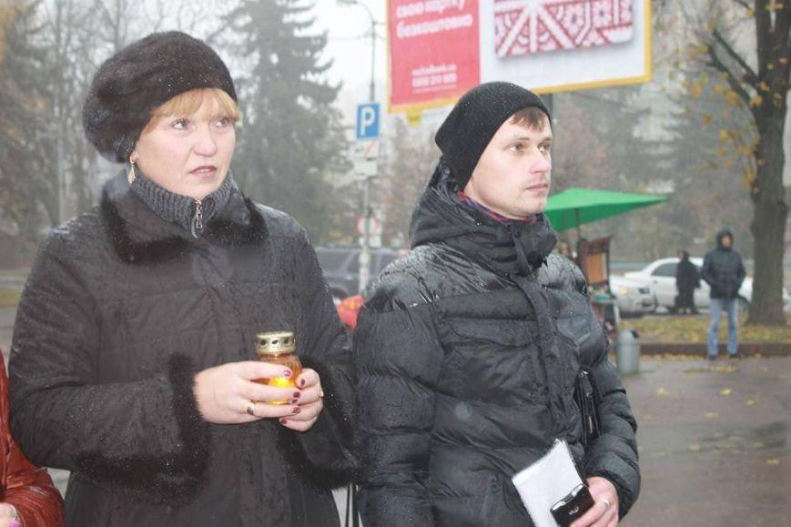 У Житомирі під дощем молились за дітей-сиріт, фото-9