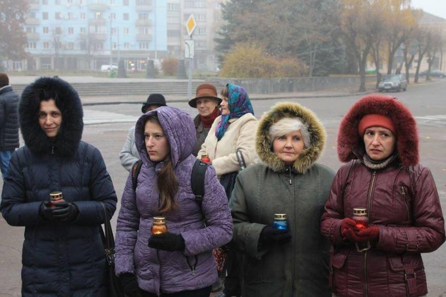 У Житомирі під дощем молились за дітей-сиріт, фото-1