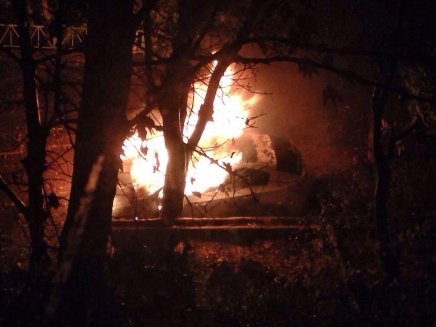 В Симферополе продолжают гореть автомобили (ФОТО), фото-3