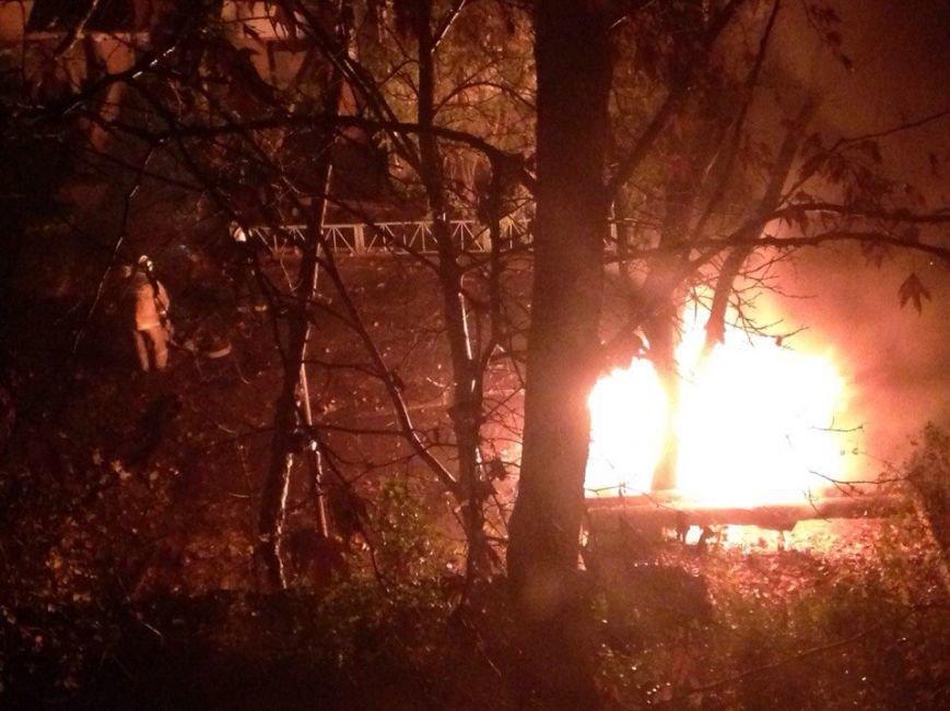 В Симферополе продолжают гореть автомобили (ФОТО) (фото) - фото 2