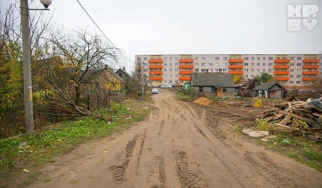 В Гродно начали сносить дома, которые в 2012 году затопило кипятком (фото) - фото 1
