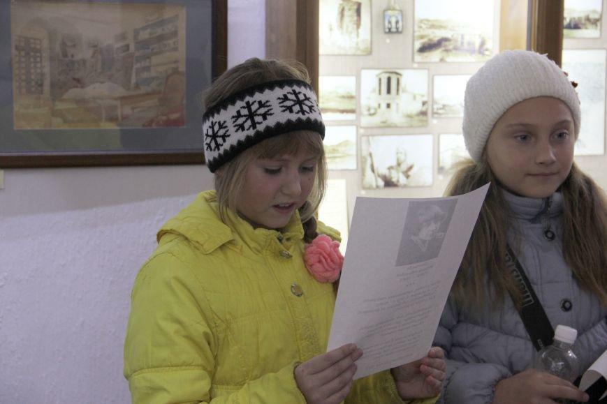 Дети читают стихи поэтов Серебряного века в Дома-музее М.А.Волошина.