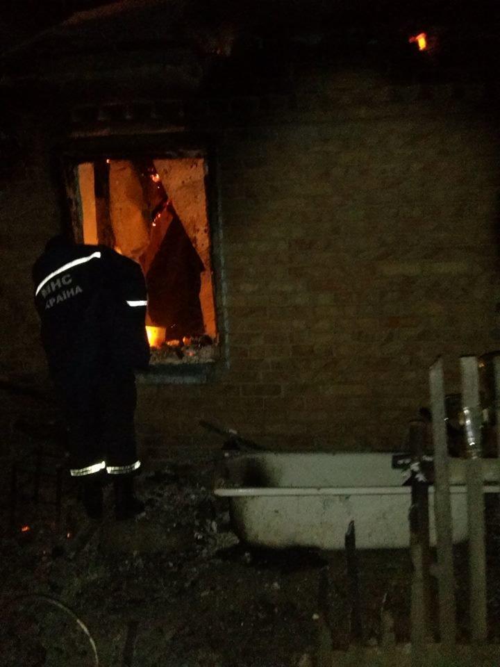 На Днепропетровщине во время ликвидации пожара спасатели обнаружили тела трех погибших (ФОТО), фото-3