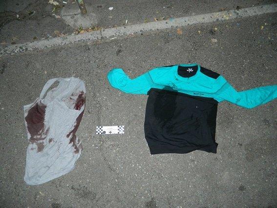 В Киеве во время драки в кафе порезали двоих мужчин (ФОТО) (фото) - фото 2
