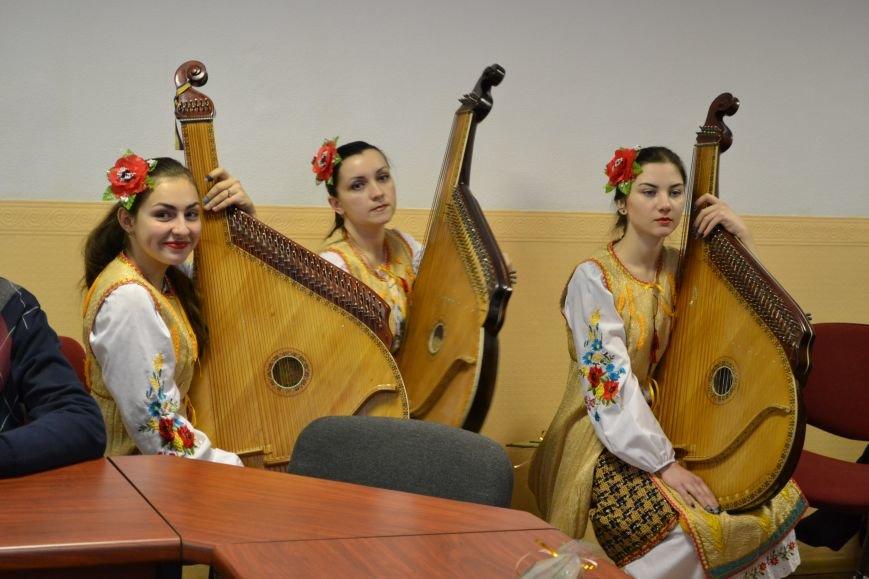 Работников культуры Днепродзержинска поздравили с профессиональным праздником, фото-3