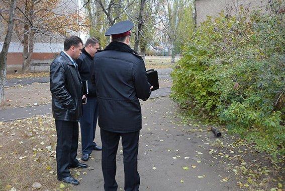 Николаевских пиротехников переполошила школьная находка (ФОТО+ВИДЕО) (фото) - фото 1