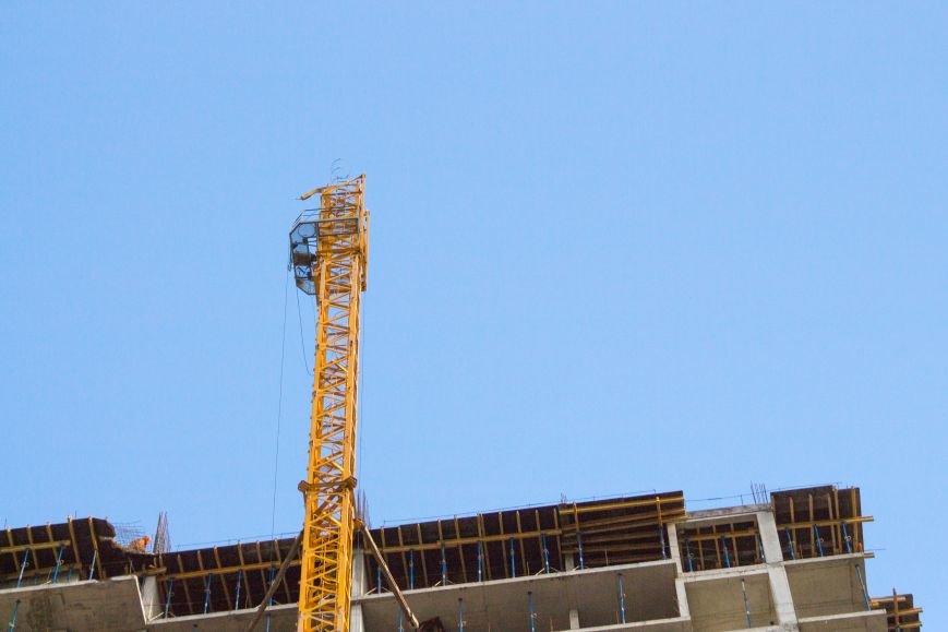 b3f6907a7762d9915ba58fce7a3d8baf Падение крана в Аркадии: бешеные строители и недовольные жители