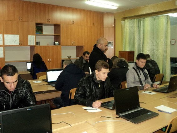Сегодня стартовал первый этап конкурсного отбора в патрульную полицию Краматорска и Славянска (ФОТО) (фото) - фото 1