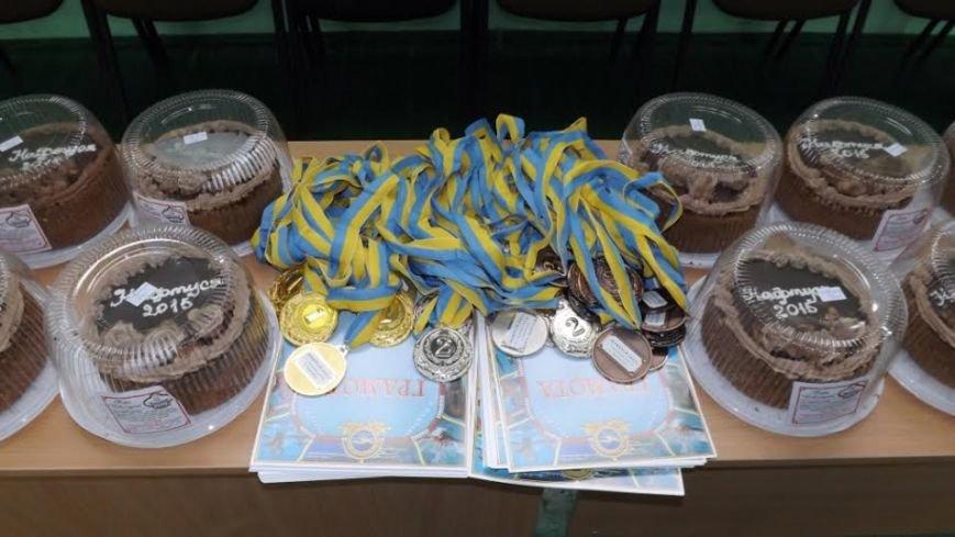 На Львівщині відбувся Всеукраїнський юнацький турнір з плавання «НАФТУСЯ - 2015» (фото) - фото 1