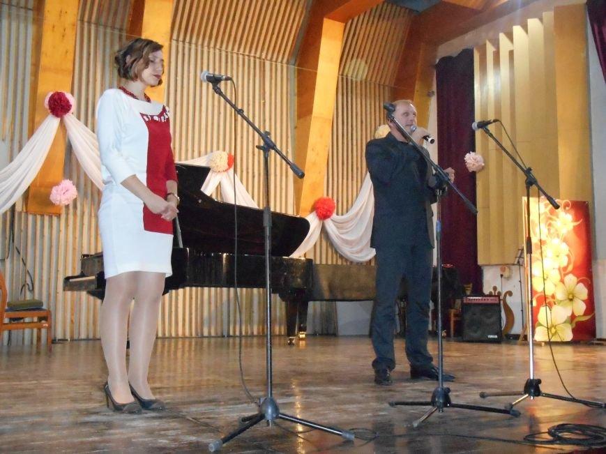 Работников культуры Славянска поздравили с профессиональным праздником (фото) - фото 6
