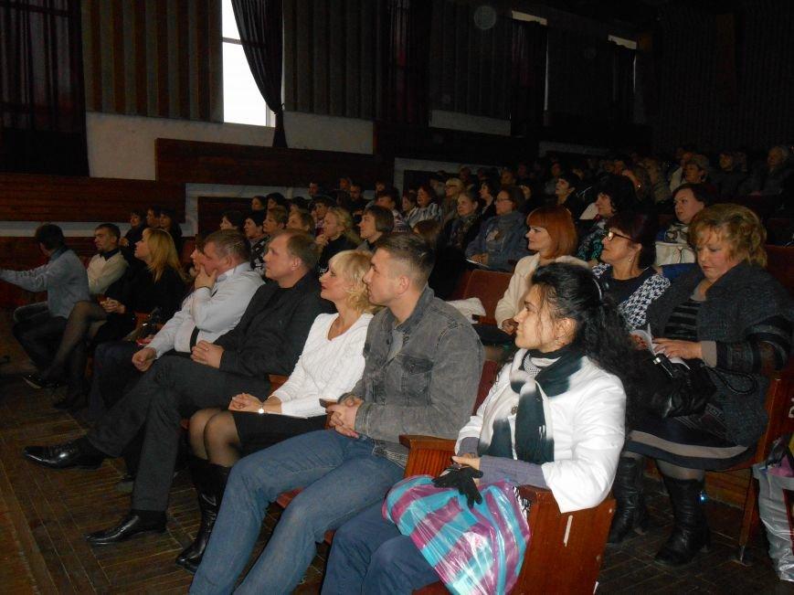 Работников культуры Славянска поздравили с профессиональным праздником (фото) - фото 5