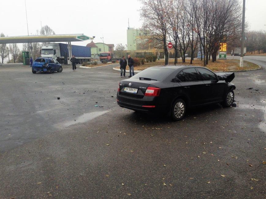 ДТП в Днепропетровске: на улице Космической столкнулись две иномарки (ФОТО), фото-1