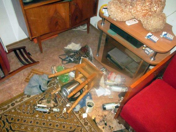Убил мать и сам вскоре скончался: в Николаевке спустя неделю обнаружили 2 трупа (фото) - фото 1