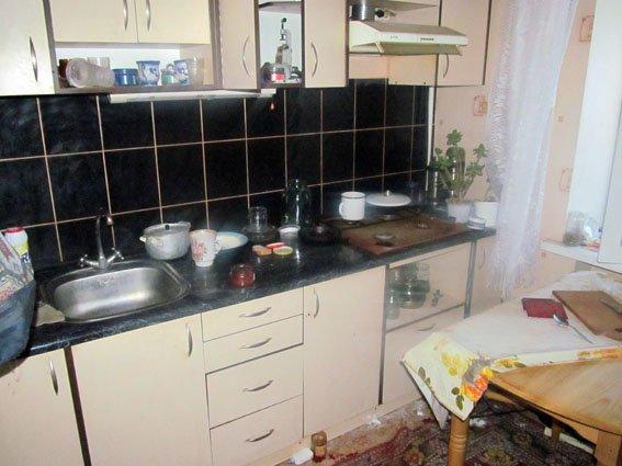 Убил мать и сам вскоре скончался: в Николаевке спустя неделю обнаружили 2 трупа (фото) - фото 2