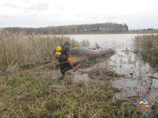 В Волковысском районе рыбаки перевернулись в лодке: одного вытянул местный житель, а второй погиб (фото) - фото 4