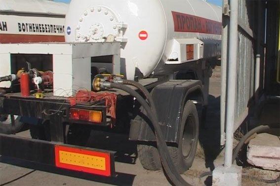 У Полтаві функціонувала нелегальна газова заправка (фото) - фото 2