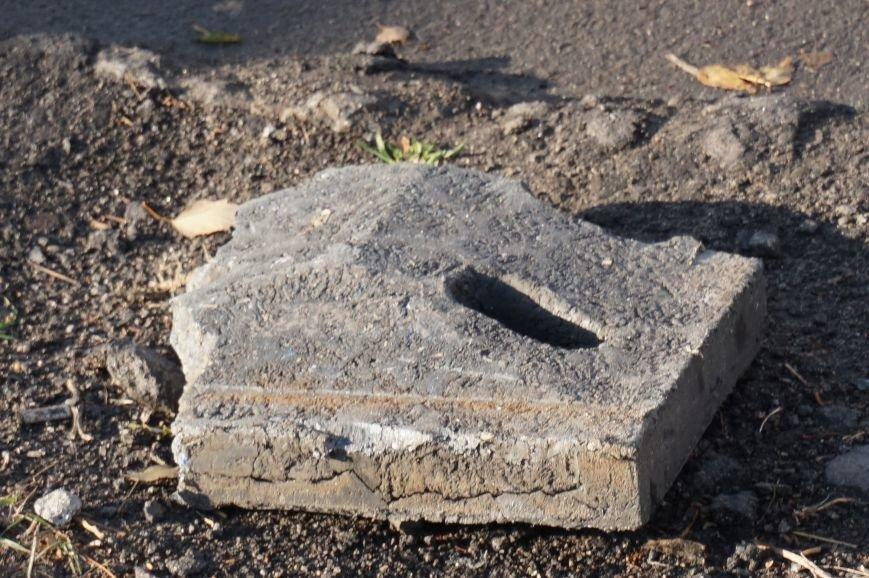 В Кривом Роге установили новенькие ливневки, но забыли прочистить стоки (ФОТО) (фото) - фото 1
