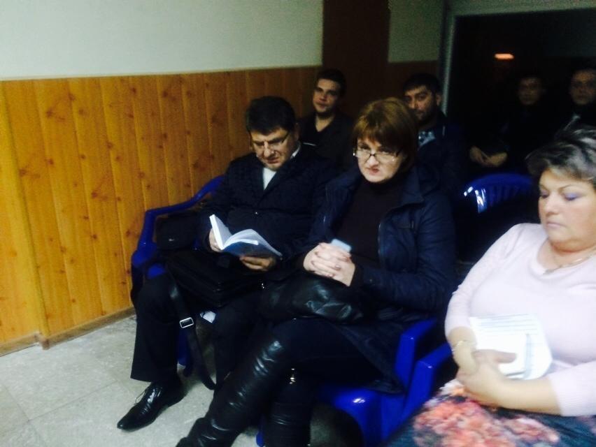 Мариупольская комиссия  сегодня не смогла провести заседание (ФОТО), фото-2