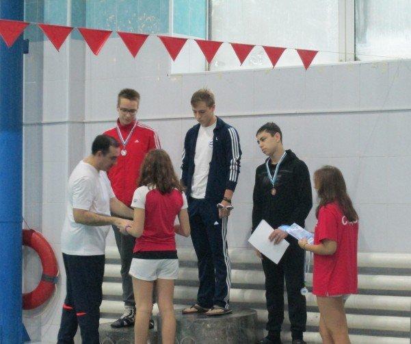 Полевские пловцы доказали свое мастерство на областном уровне (фото) - фото 1